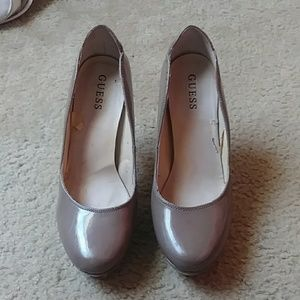 Guess Dark Nude Pumps